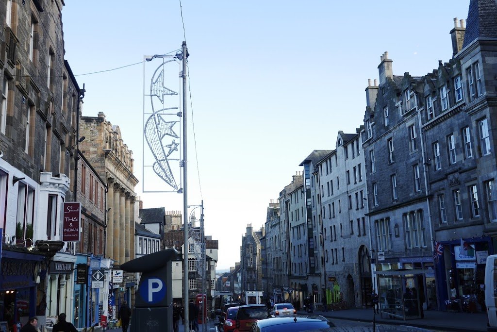 Exploring Edinburgh for the First Time