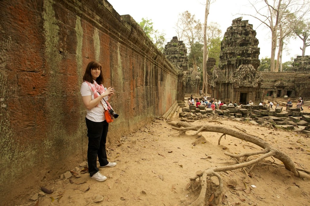 travel outfit for ta Prohm