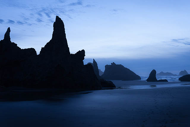 Bandon_oregon_coast_sunset_twilight