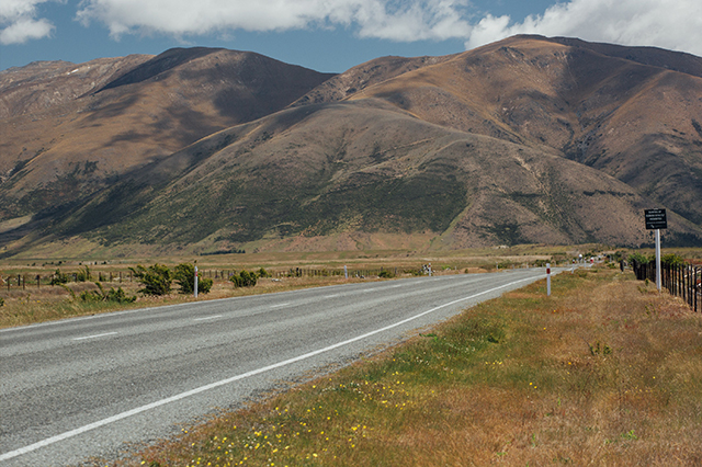 driving New Zealand south island