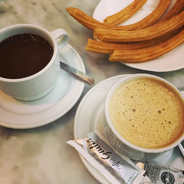 cafe con leche in spain