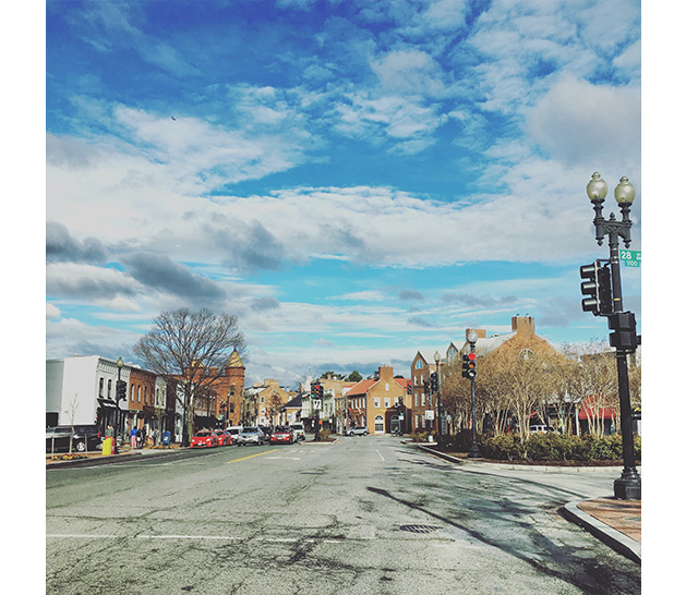 sunny day in Georgetown