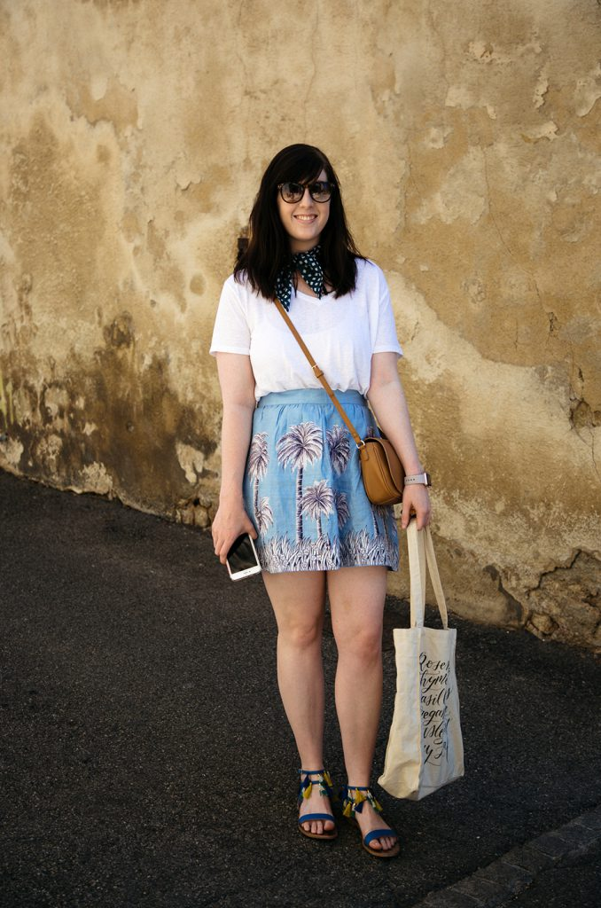 travel outfit for Summer in Provence France