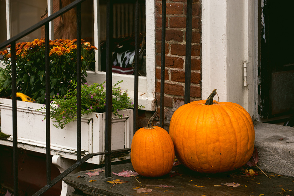best places to travel for halloween Woodstock Vermont
