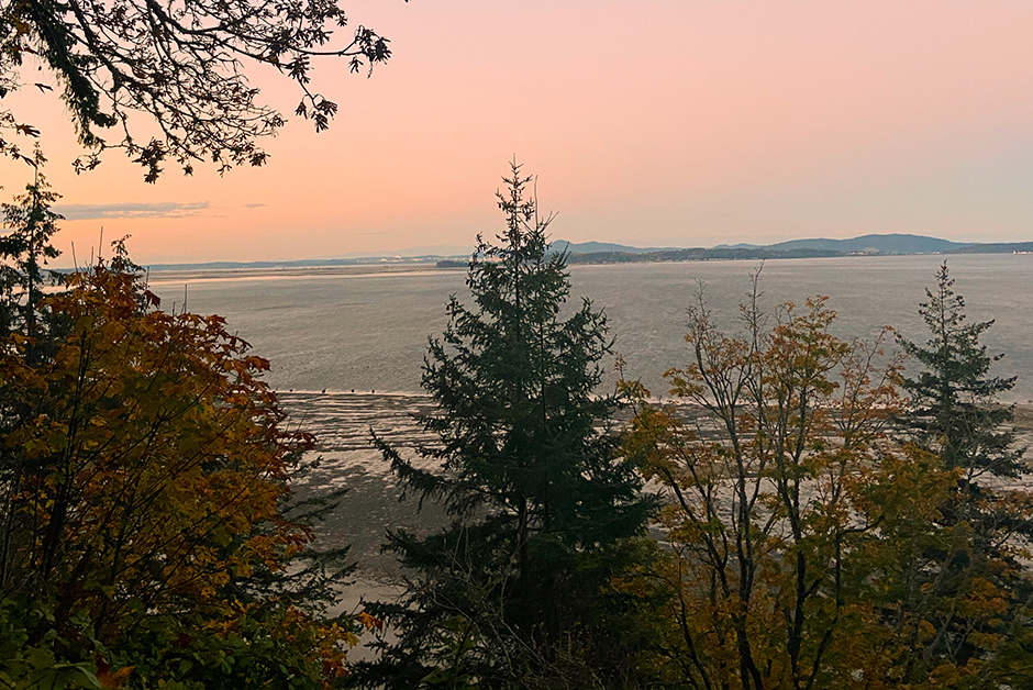 sunrise on Chuckanut Drive Bellingham